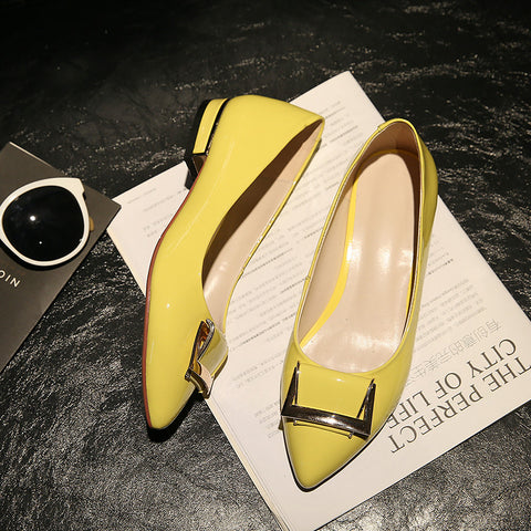 PU Pure Color Pointed Toe Metal Decoration Flat Heel Court Shoes 9.5 Yellow