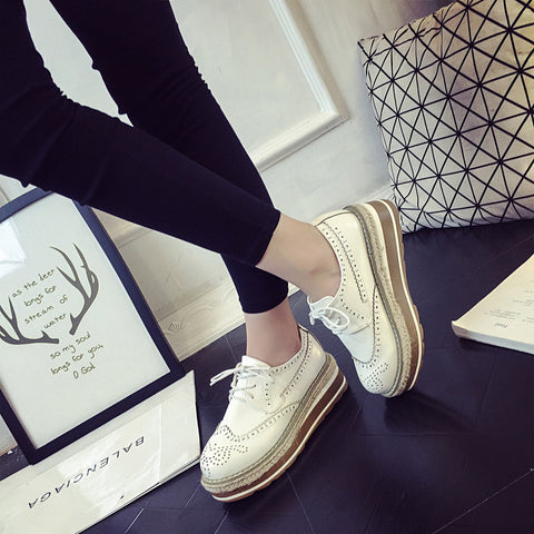 PU Simple Round Toe Platform Lace Up Brogues 7 White