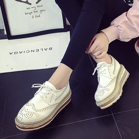 PU Simple Round Toe Platform Lace Up Brogues 6 White