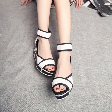 Head Layer Cowhide Mixed Color Open Toe Wedge Heel Back Zipper Sandals 7.5 White