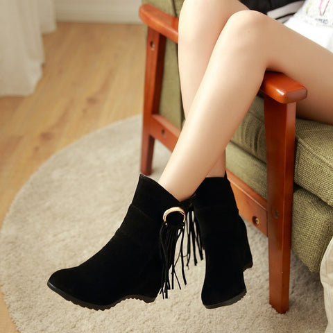 Suede Pure Color Round Toe Tassel Hidden Heel Short Boots 9 Black
