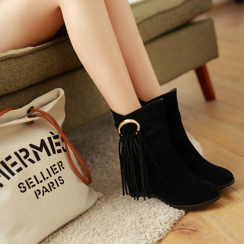 Suede Pure Color Round Toe Tassel Hidden Heel Short Boots 9.5 Black