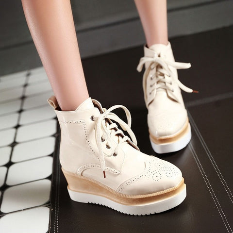 PU Pure Color Round Toe Middle Heel Lace Up Platform Casual Shoes 7 Beige