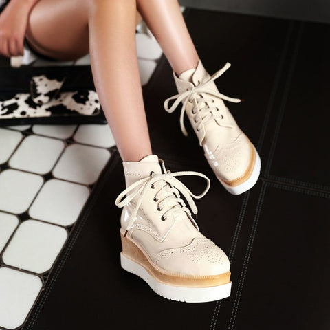 PU Pure Color Round Toe Middle Heel Lace Up Platform Casual Shoes 7.5 Beige