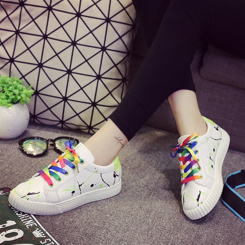 PU Mixed Color Round Toe Flat Heel Doodles Lace Up Sneakers 7 Green
