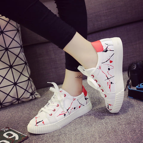 PU Mixed Color Round Toe Flat Heel Doodles Lace Up Sneakers 8 Red