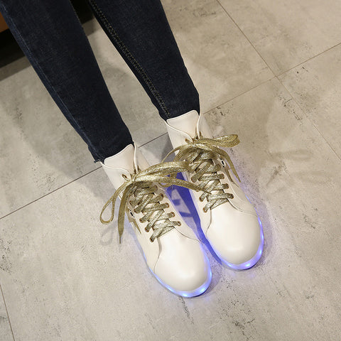 PU Round Toe Flat Heel Lace Up 7 Colors Led Light Sneakers With Star And Buttonholes 9 White