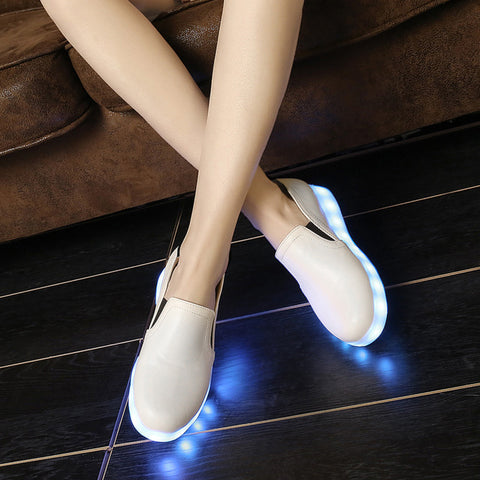 PU Round Toe Flat Heel 7 Colors Led Light Loafers 9 White
