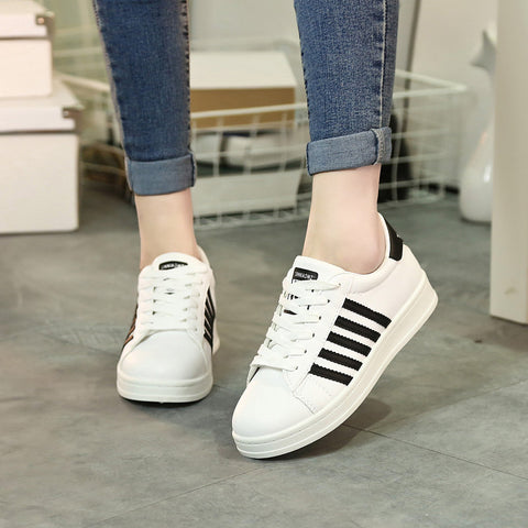 PU Mixed Color Round Toe Lace Up Sneakers 7 Black