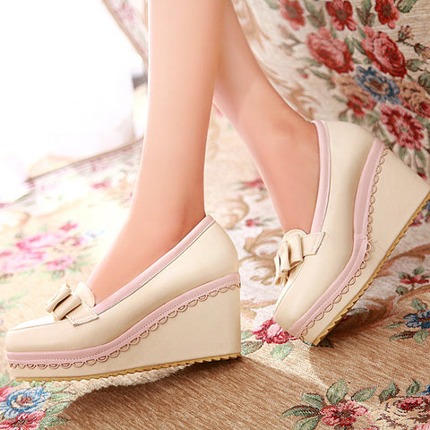 PU Mixed Color Round Toe Wedge Heel Lace Embellished Bowtie Loafers 7 Beige
