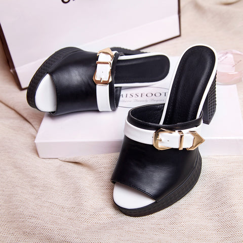 PU Pure Color Open Toe Block Heel Metal Buckle Embellished Mules 8 Black
