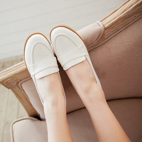 PU Pure Color Pointed Toe Low Block Heel Casual Shoes 8 White