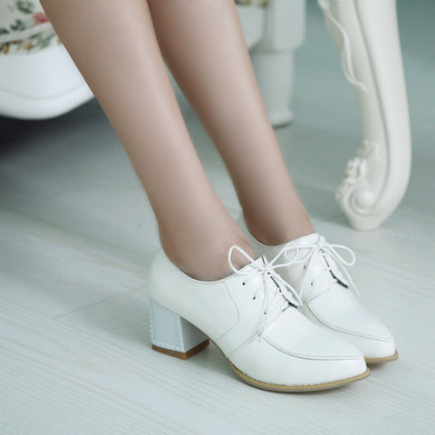 PU Pure Color Pointy Toe Block Heel Lace Up Brogues 7 White