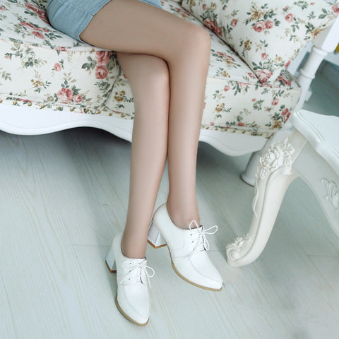 PU Pure Color Pointy Toe Block Heel Lace Up Brogues 7.5 White