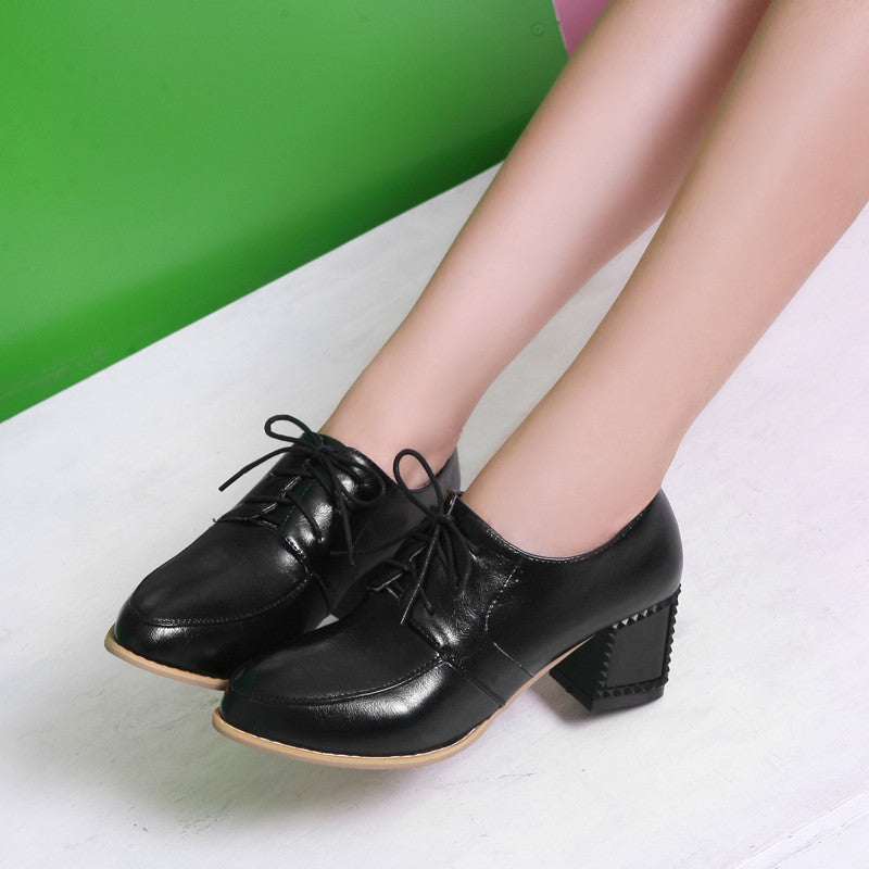 PU Pure Color Pointy Toe Block Heel Lace Up Brogues 7 Black