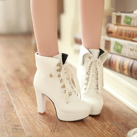 PU Pure Color Rivet Lace Up Round Toe Kitten Heel Short Boots 8.5 White