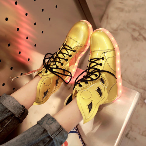 PU Round Toe Flat Heel Lace Up 7 Colors Led Light Wing Sneakers 9 Gold