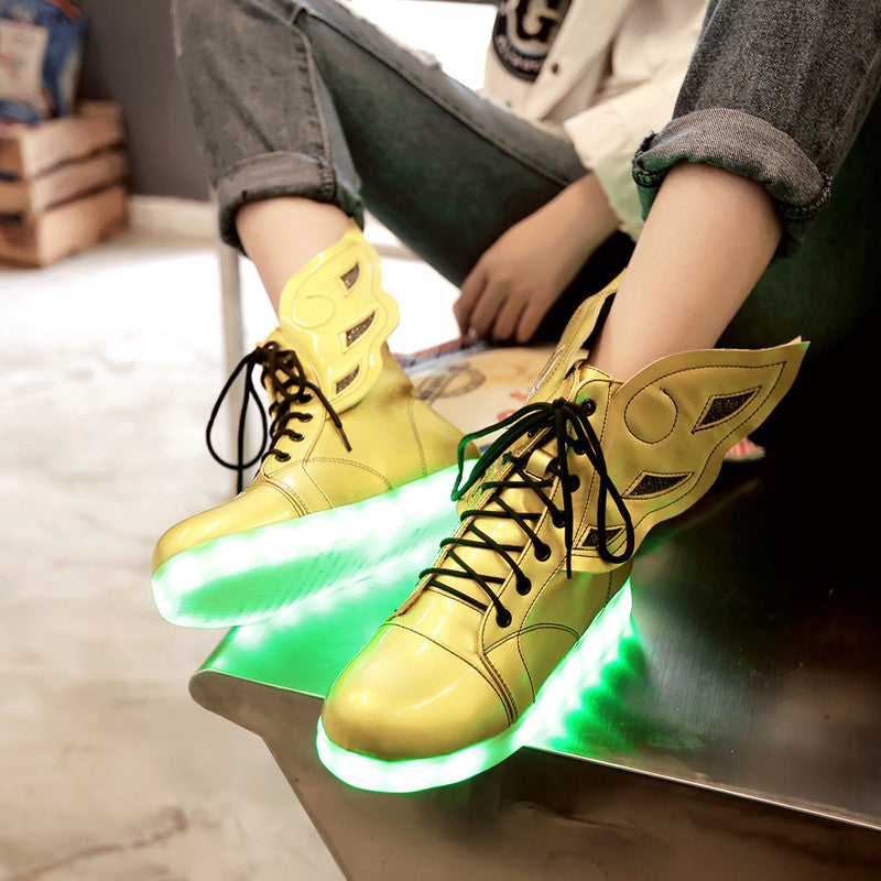 PU Round Toe Flat Heel Lace Up 7 Colors Led Light Wing Sneakers 8.5 Gold