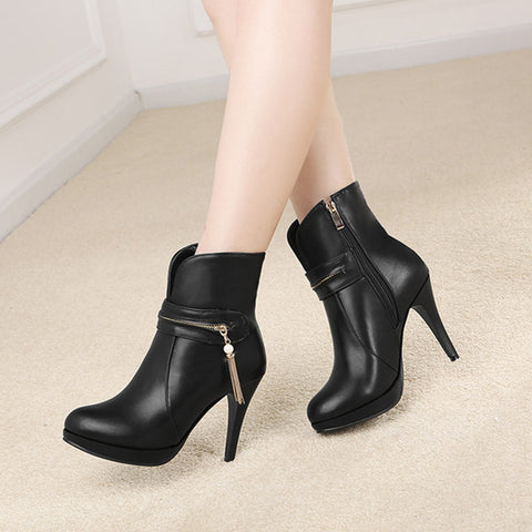 PU Pure Color Round Toe Stiletto Heel Metal Chain Side Zipper Short Boots 43 Black