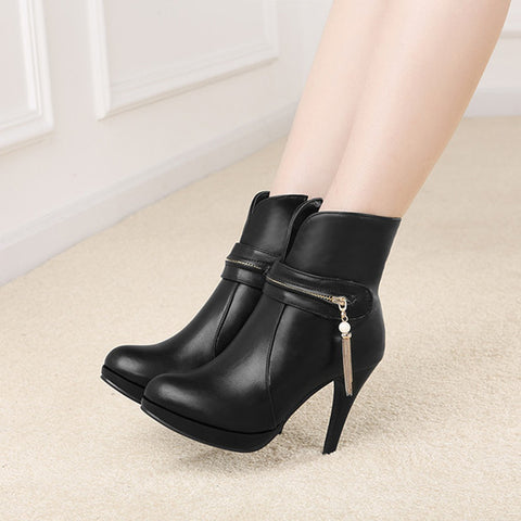 PU Pure Color Round Toe Stiletto Heel Metal Chain Side Zipper Short Boots 42 Black