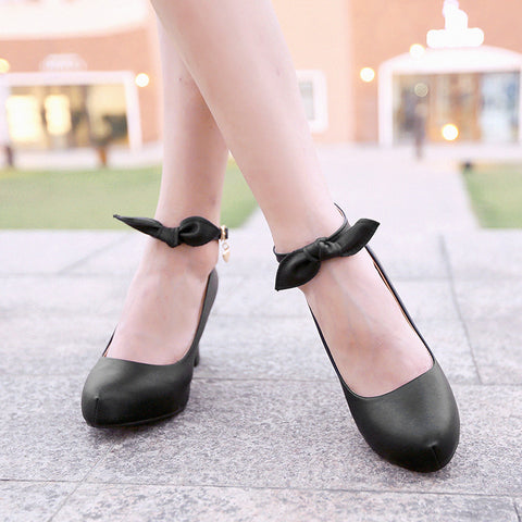 Suede Pure Color Round Toe High Block Heel Ankle Strap Bowtie Pumps 7 Black