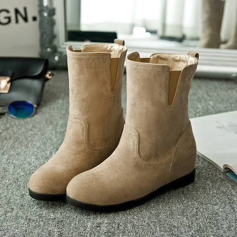 Suede Pure Color Simple Round Toe Flat Heel Short Boots 9 Camel