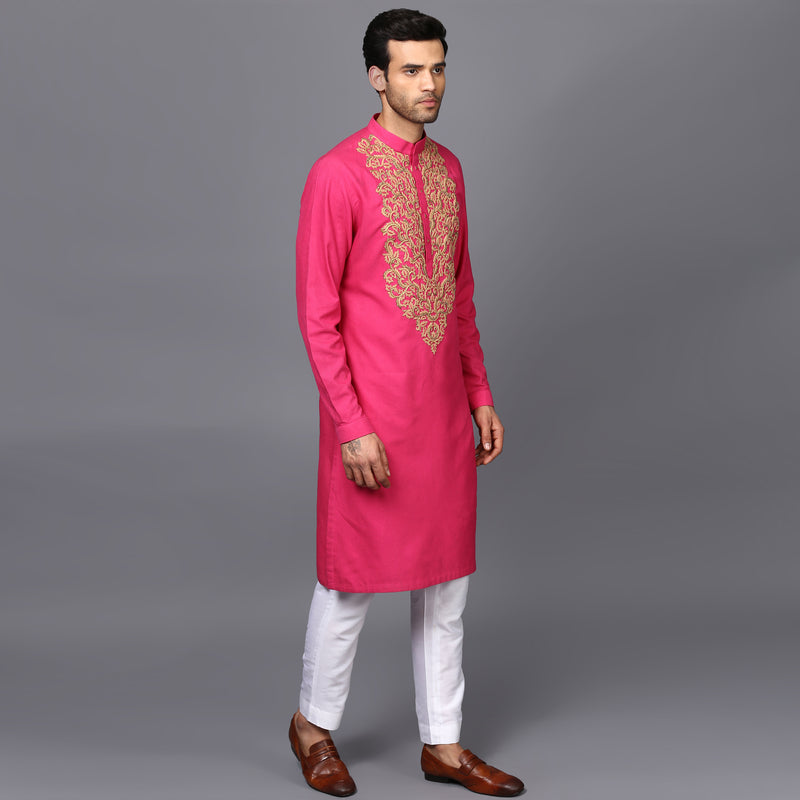 EMBROIDERED KURTA IN FUSHIA