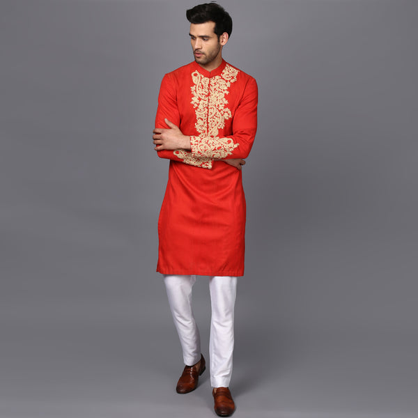 EMBRIODERED KURTA IN DEEP RED