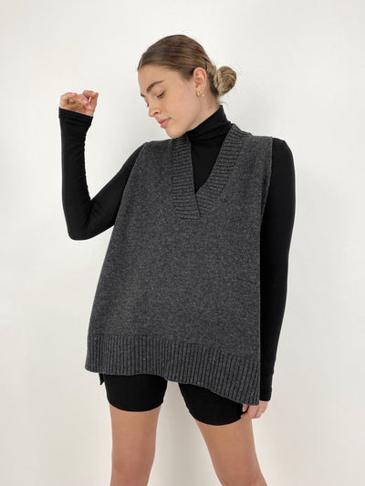 Art District Oversized Sweater Vest - Vamp Official