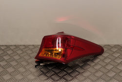 Toyota Auris Tail Light Lamp Drivers Side (2012)