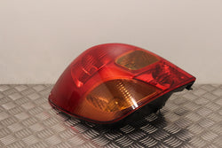 Toyota Corolla Verso Tail Light Lamp Passengers Side (2001)