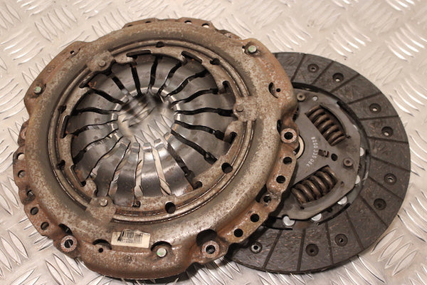 Renault Scenic Clutch Pressure Plate and Disc (2007)