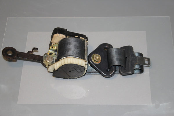 Renault Clio Seat Belt Front Drivers Side (2002)