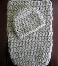 Load image into Gallery viewer, crochet pattern cocoon and hat