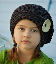 Load image into Gallery viewer, girls slouchy hat crochet pattern