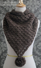 Load image into Gallery viewer, crochet triangle scarf