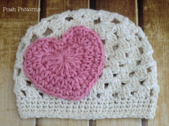 heart appliqué crochet hat pattern