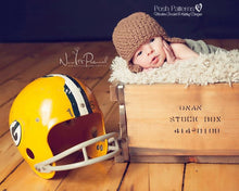 Load image into Gallery viewer, baby football helmet crochet pattern