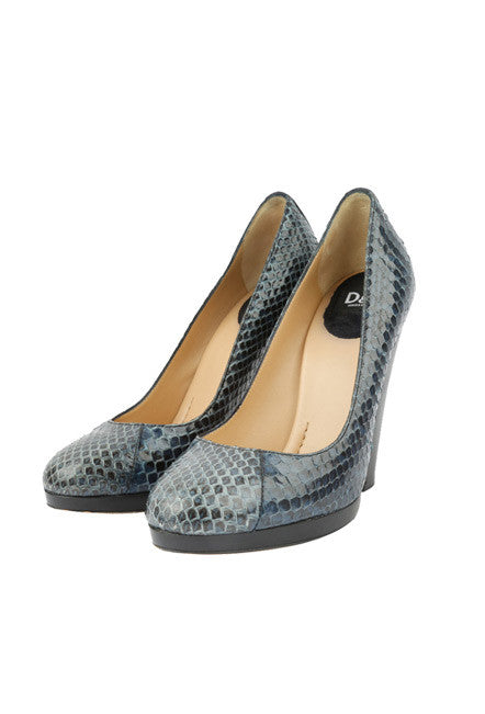 Snakeskin Navy Pumps-Washed And Found