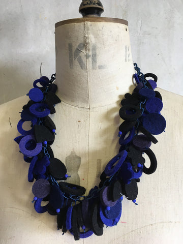 Blue/Black / With UK postage included                     Blue/Black / With International Shipping