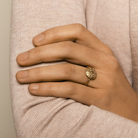 AMOC 9ct Yellow Gold Ring