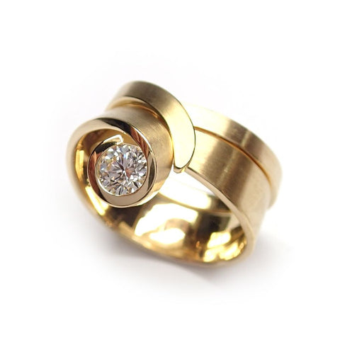 Cardillac 'Tulip' 14ct Yellow Gold Diamond Ring