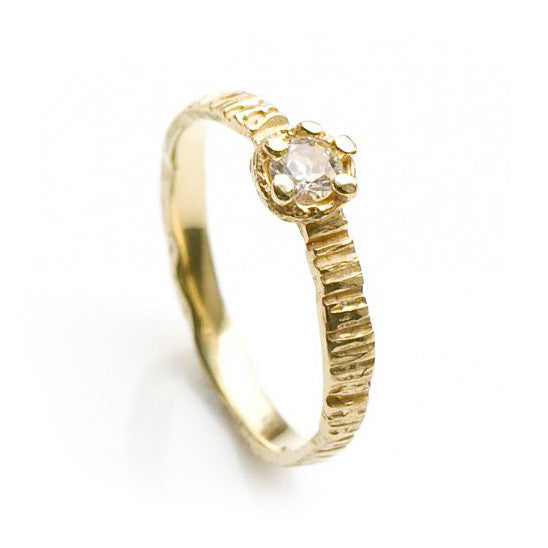 Eily O Connell SAMPLE Sunbark 18ct Yellow Gold 0 25ct Diamond