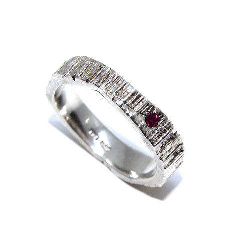 Eily O'Connell 4mm Bark Ruby Silver Ring