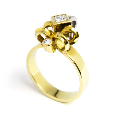 Friederike Grace Lily 18ct Yellow Gold Princess Diamond Ring