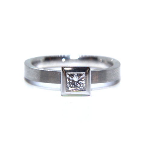 Henrich & Denzel 'Square' Platinum Princess Solitaire Matte Diamond Ring
