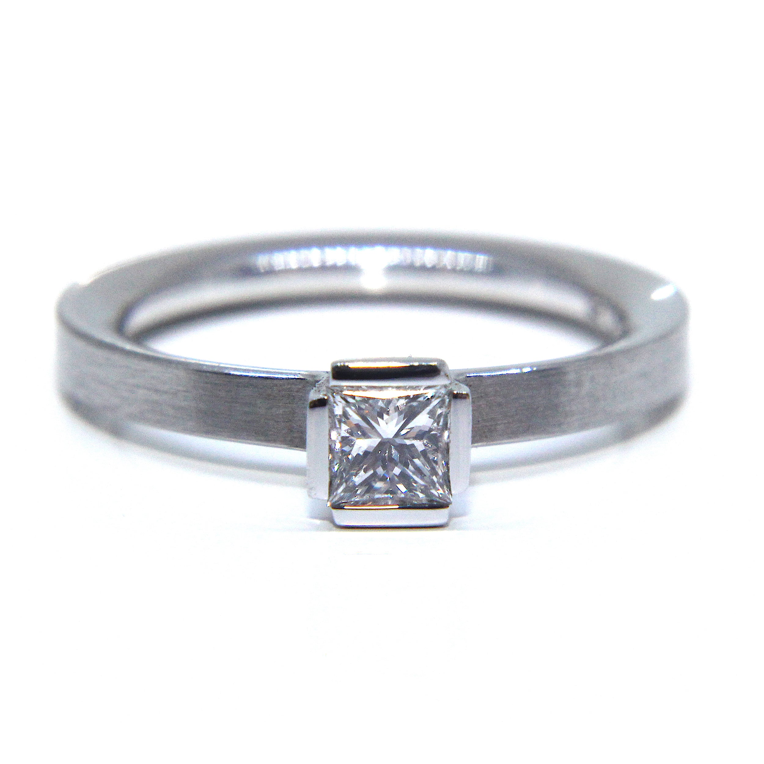 platinum platinium lily products diamond solitaire ring denzel matte princess cut polished henrich