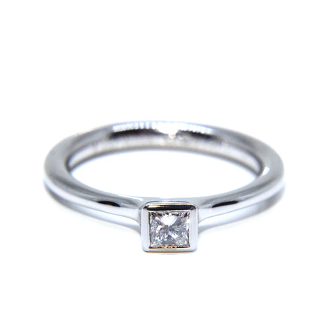 Henrich & Denzel Platinum Bezel Princess Diamond Engagement Ring