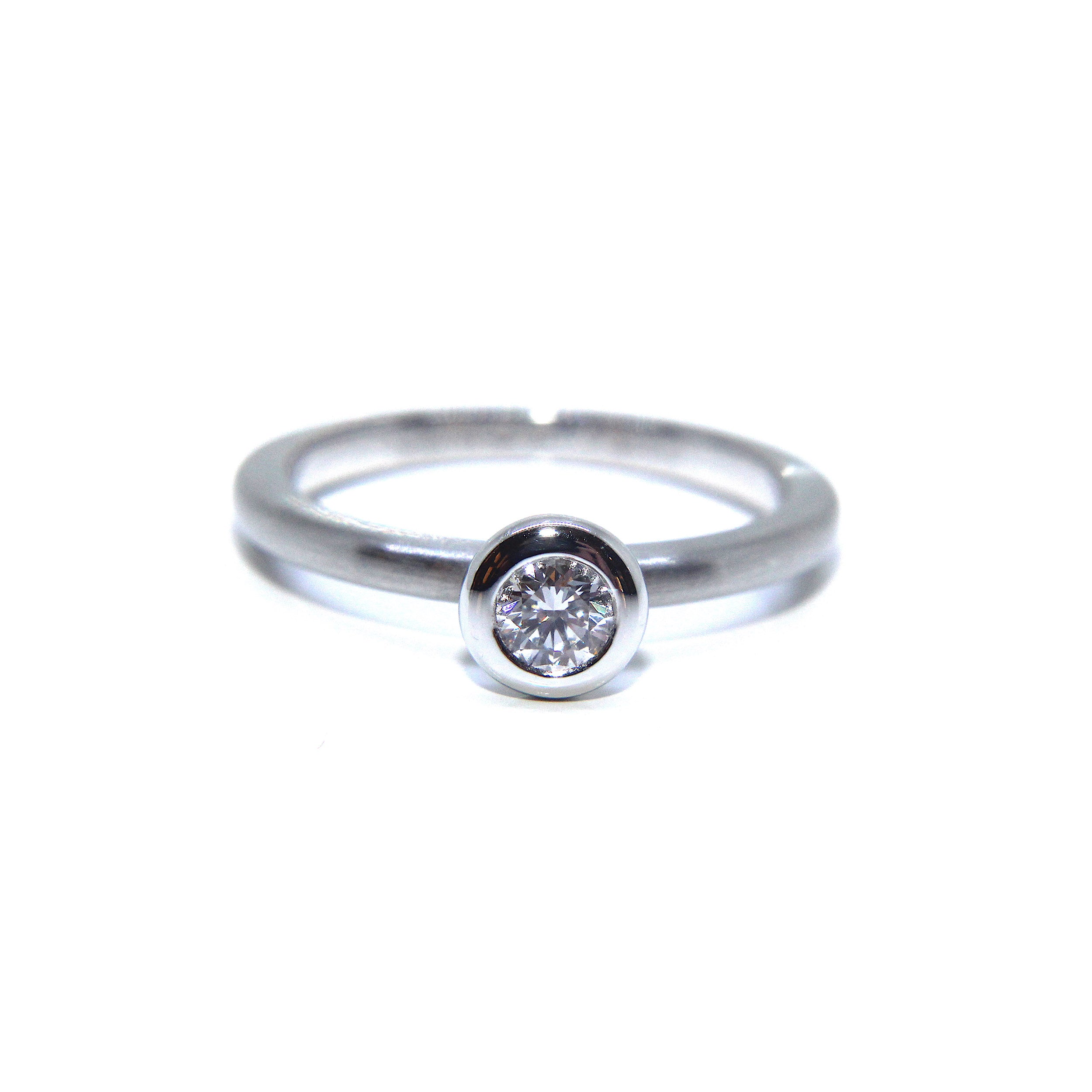 rings beautiful cut dainty ring with diamonds round brilliant side pin diamond engagement