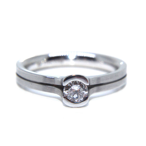 Henrich & Denzel Platinum Solitaire Matte Polished Ridge Diamond Ring
